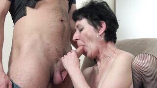 Nagymama hd pornó
